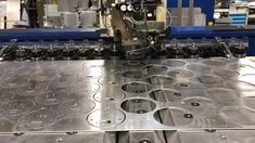 CNC punching aluminium discs Types Of Sheet Metal, Sheet Metal Work, Metal Working, Cnc, Sheet Metal Shop, Metalworking