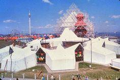Expo67 Expo 67 Montreal, Montreal Ville, World's Fair, Canada Travel, Backdrops, Retro, Hui, Amusement Parks, Photos
