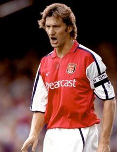 Arsenal Heroes: Tony Adams 4 the Wednesday niters ! Fifa Football, Arsenal Football, Arsenal Players, Arsenal Fc, Good Soccer Players, Football Players, Arsenal Pictures, Arsenal Wallpapers, Tony Adams