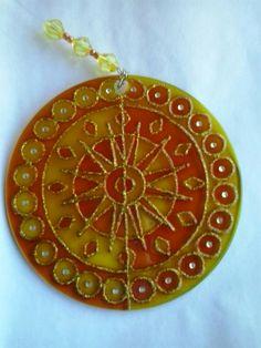 Mandala da Fartura amarela 12cm - vidro Www.capembas.com.bem/catalogo/