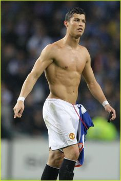 Cristiano Ronaldo Gets Shirtless Sexy: Photo Soccer player Cristiano Ronaldo celebrates a victory (sans shirt) against FC Porto in the quarterfinals of the UEFA Champions League in Porto, Portugal on Wednesday… Cristiano Ronaldo 7, Ronaldo Soccer, Soccer Guys, Soccer Players, Ronaldo Real Madrid, Athletic Men, Sport Man, Beautiful Men, Hot Guys