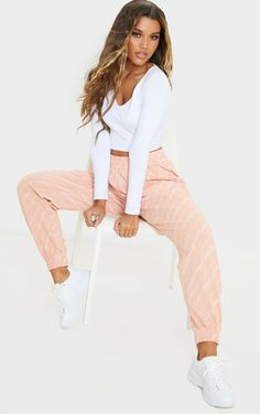 Prettylittlething Pink Printed Jogger | PrettyLittleThing