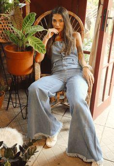 31626 jardineira artsy mundo lolita 01 Bell Bottoms, Bell Bottom Jeans, Artsy, Fashion, Denim Overall Shorts, Skinny, Moda, Fashion Styles, Fashion Illustrations