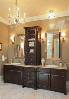 @Kelli Mitchell, this reminded me of ya'lls new bathroom... look what just a few accessories can do. So pretty!