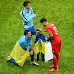 Vitolo gana Europa League