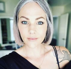 Gray Hair Growing Out, Grow Hair, Silver Grey Hair, Hair Color And Cut, Going Gray, Boho Hairstyles, Hair Transformation, Aging Gracefully, Hair Inspo