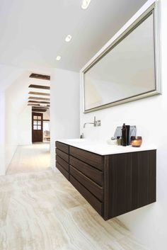 Form 1 // Smoked oak bathroom by Multiform