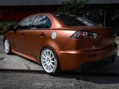 """No 7º episódio da serie Samy compartilha toda a sua experiencia  conosco em um incrível projeto executado com excelência em seu próprio carro, um Mitsubishi Lancer todo equipado para as pistas. Os detalhes do projeto e os conceitos deste """"MONSTRO"""" do envelopamento você confere agora no IMPRIMAX GARAGE. Mitsubishi Lancer, Garage, Vehicles, Cars, Carport Garage, Garages, Car, Car Garage, Carriage House"""