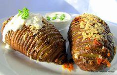 Nejedlé recepty: Česnekové pečené brambory Hasselback Potatoes, Thing 1, Oreo Cheesecake, Meatloaf, Baked Potato, Beef, Baking, Ethnic Recipes, Food