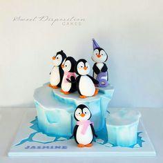 Penguins cool cake