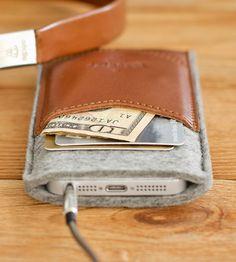 Чехол для iPhone 5, из фетра ручной работы от Handwers.