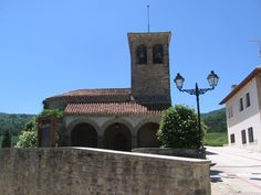 Iglesia de Abínzano. www.lantxurda.com