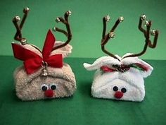 These cute Washcloth Reindeers will make a gorgeous gift this Christmas. They are perfect for wrapping a bar of homemade soap or perfume, in fact anything at all. Watch the video tutorial now and check out the other ideas while you're there.