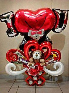 manualidades sencillas para el dia de amor y amistad con globos Balloon Box, Balloon Gift, Balloon Wall, Balloon Bouquet, Valentines Balloons, Valentines Flowers, Valentines Day Decorations, Valentine Gift Baskets, Valentine's Day Gift Baskets