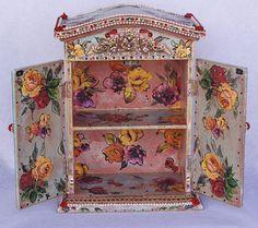 Bohemio gabinete de madera adornado de pie a mano Arte
