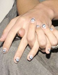 Another eyeball mani…love this…