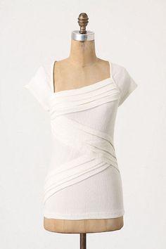 Anthropologie Deletta Ivory Slanted Tee Top Medium M Short Cap Asymmetrical