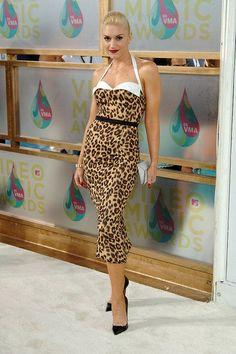 Gwen-loving the leopard!