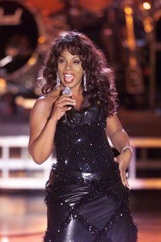 Donna Summer photo slideshow from the Washington Post http://www.washingtonpost.com/lifestyle/style/donna-summer-grammy-winning-queen-of-disco-dies-at-63/2012/05/17/gIQAZStNWU_gallery.html#photo=1