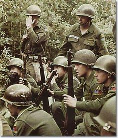 Elvis and fellow GI's on manoeuvres in Germany.