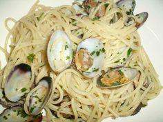 Spaghetti con le vongole.... ricetta su ortodellafantasia.com