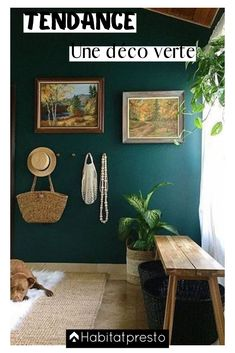 Love this color with the wooden accents. verde escuro na sala Room Inspiration, Interior Inspiration, Teal Walls, Green Walls, Dark Walls, Teal Hallway Paint, Interior And Exterior, Interior Design, Color Interior