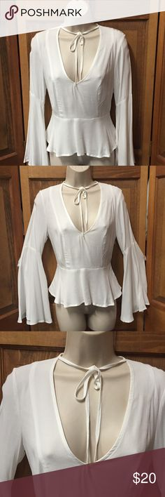 """Angel Sleeve Boho Top Small Tie Neck Blouse OTHER DETAILS: side zip/ adjustable tie at Neck APPROX MEASUREMENT(S): Armpit to Armpit - 17"""" Length (center of back ) -21.75"""" This item was listed on: 8/6/17  💛Like this item for pricing updates    💛Items ship out ASAP (usually 1 business day)   💛Questions / Measurements asked after 6pm Or on Sunday will be delayed but feel free to ask!   💛Save 15% by purchasing more than one item! Forever 21 Tops Blouses"""