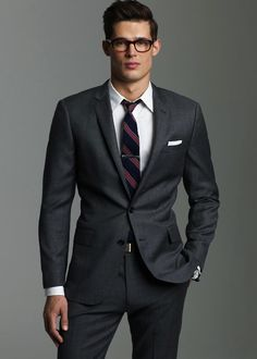 I Just want to jump into this pic & straighten his tie!!!! :P ilovemeninsuits:  Danny Schwarz
