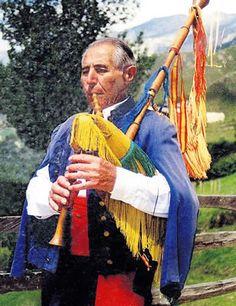 Pancho Galán Trespalacios, El gaitero de Llonín
