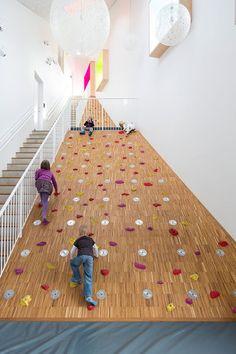Dorte Mandrup Arkitekter — Children's culture house ama'r