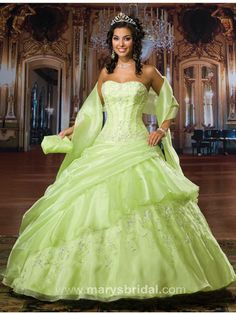 Green Quinceanera Dresses - Pictures of Green Dresses for Quinceanera - Mis Quince Mag