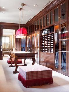 Explore the best of luxury closet design in a selection curated by Boca do Lobo to inspire interior designers looking to finish their projects. Discover unique walk-in closet setups by the best furniture makers out there Master Closet, Closet Bedroom, Closet Space, Hallway Closet, Master Bedroom, Dressing Room Closet, Dressing Rooms, Dressing Area, Beautiful Closets