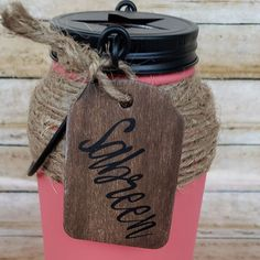Add personalized wooden gift tags to our Mason Jar Tissue Holders for that extra touch. It can be a name, simple message or simple graphic such as a heart Rustic Mason Jars, Mason Jar Gifts, Painted Mason Jars, Special Gifts For Her, Gifts For Boss, Rustic Gifts, Wooden Gifts, Jute Flowers, Boho Home