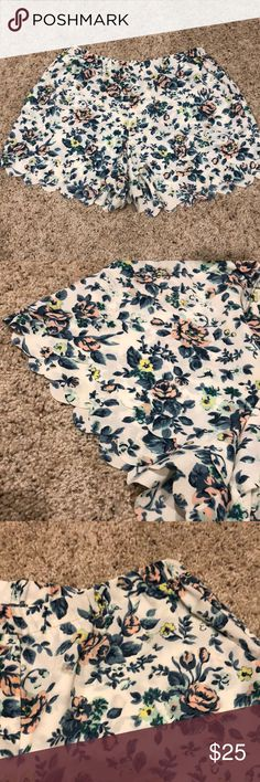 E by Eloise Scalloped Floral Shorts From Anthropologie. Scalloped bottom. Elastic waistband.  Only worn a few times, no visible signs of wear, and in perfect condition.  100% Polyester. Anthropologie Shorts