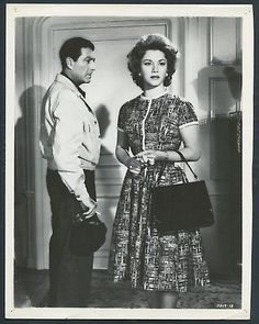 ROBERT TAYLOR LINDA CHRISTIAN in The House Of The Seven Hawks '59 HANDBAG