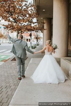 Wedding photography inspiration, low-back wedding dress