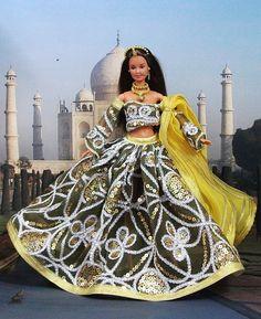 """Robe Barbie """" Ratnavali """" tenue Hindoue pour poupée Barbie et autres f3788"""
