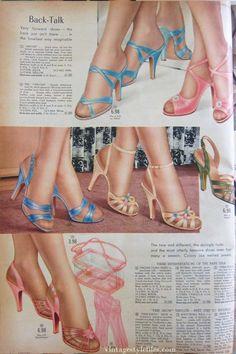 Golf Outfit S Women womens heels-Spiegel catalog 1955 Golf Fashion, 1950s Fashion, Vintage Fashion, Vintage Style, Club Fashion, Vintage Ads, Timeless Fashion, Golf Attire, Golf Outfit
