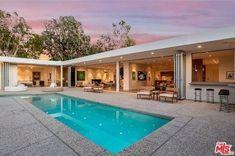 1865 Carla Rdg, Beverly Hills, CA 90210 - 4 baths L Shaped House Plans, U Shaped Houses, Pool House Plans, Modern House Plans, Modern House Design, Pool House Designs, Backyard Pool Designs, Terrasse Design, Villa Design