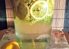 Hagyományos bodzaszörp Elderflower, Glass Of Milk, Cooking Recipes, Drinks, Food, Beverages, Cooker Recipes, Essen, Drink