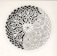 Celtic Knots 101 - Working in a Circle [Archive] - WetCanvas Celtic Mandala, Celtic Tree, Celtic Circle, Viking Designs, Celtic Knot Designs, Celtic Symbols, Celtic Knots, Celtic Drawings, Celtic Knot Tutorial