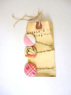 idea for putting bows on tags?