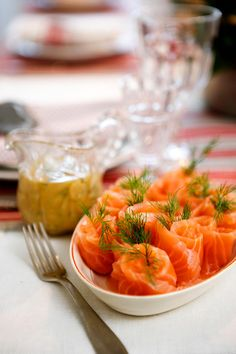 Fish And Seafood, Christmas Treats, Seafood Recipes, Thai Red Curry, Cantaloupe, Shrimp, Food And Drink, Meat, Fruit