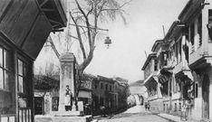 Η εβραϊκή συνοικία  Γιλάν Μερμέρ και η στήλη των όφεων. Δεκαετία 1910