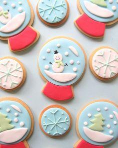 snow globe cookies #christmas #cookies