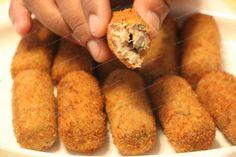 Tuna (Canned) Fish Croquettes Goan Recipes, Quick Recipes, Seafood Recipes, Cooking Recipes, Bangladeshi Food, Bengali Food, Tuna Croquettes Recipe, 10 Min Meals, Kitchens