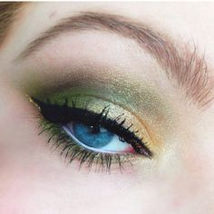 Green and Gold makeup using Urban Decay Theodora Palette and L'Oreal Infallible Eyeshadow in Goldmine - lindsaylubeauty