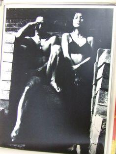 bvsbooks:  細江英公写真作品「薔薇刑」 被写体:三島由紀夫 装幀・挿画:横尾忠則 1971年。輸送函ヤケ、シミ、刺し傷、...