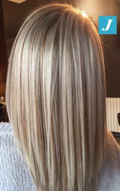 p/degrade-joelle-perla - The world's most private search engine Blonde Hair With Highlights, Brown Blonde Hair, Blonde Hair Shades, Sandy Blonde, Medium Hair Styles, Long Hair Styles, Lavender Hair, Hair Color And Cut, Hair Colour