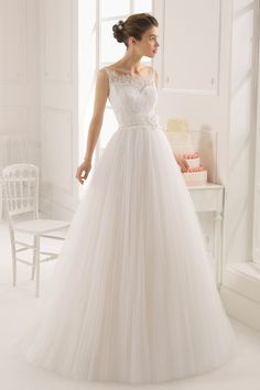 2015 Straps A Line Wedding Dress Court Train Tulle With Applique And Handmade Flower USD 259.99 EPPJEQ56BJ - ElleProm.com